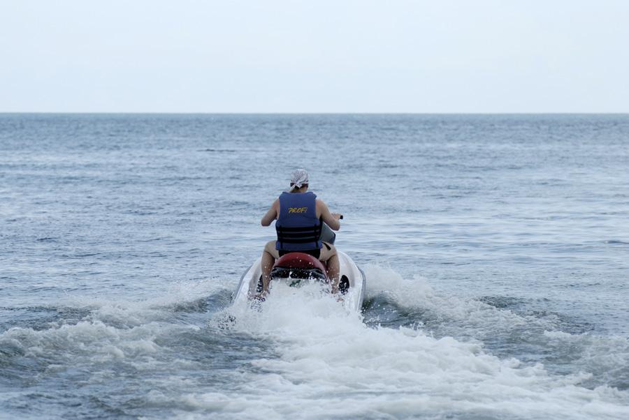 Водный мотоцикл. Крым. Феодосия.