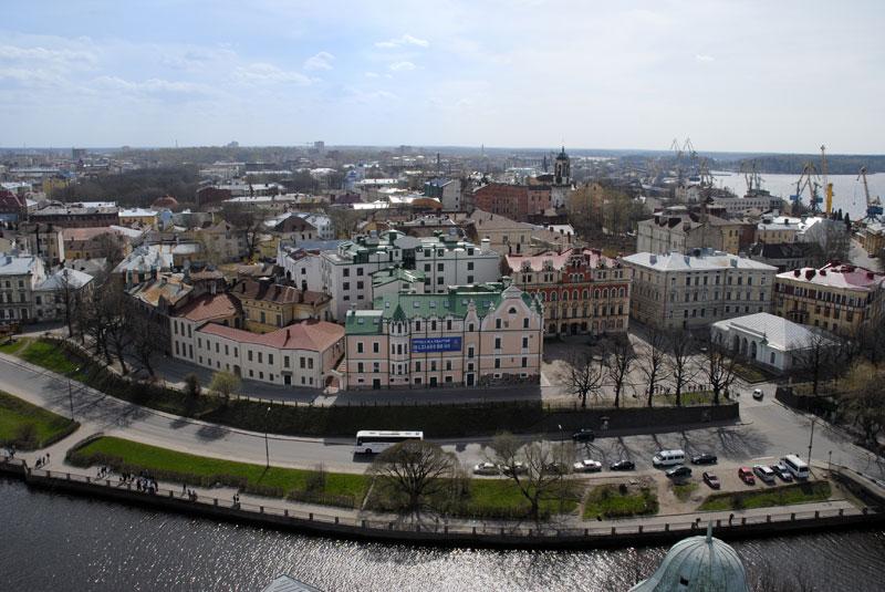 Вид сверху башни Святого Олафа Выборгского замка